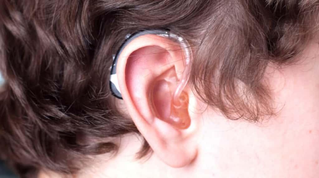 hearing-aid-close-0
